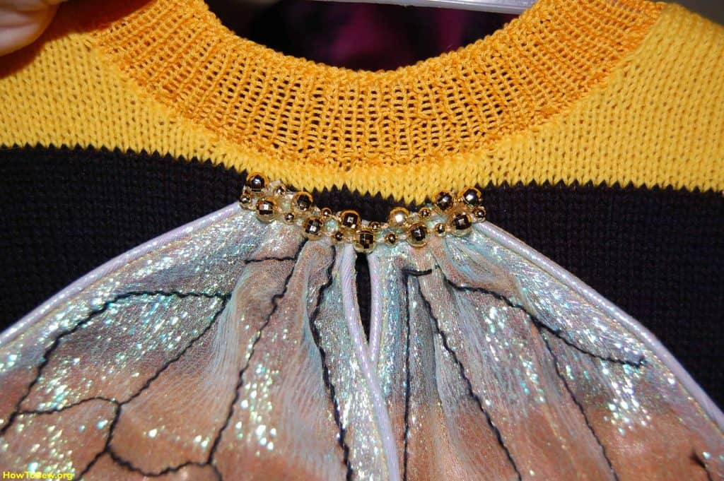 How to make wings for a carnival costume